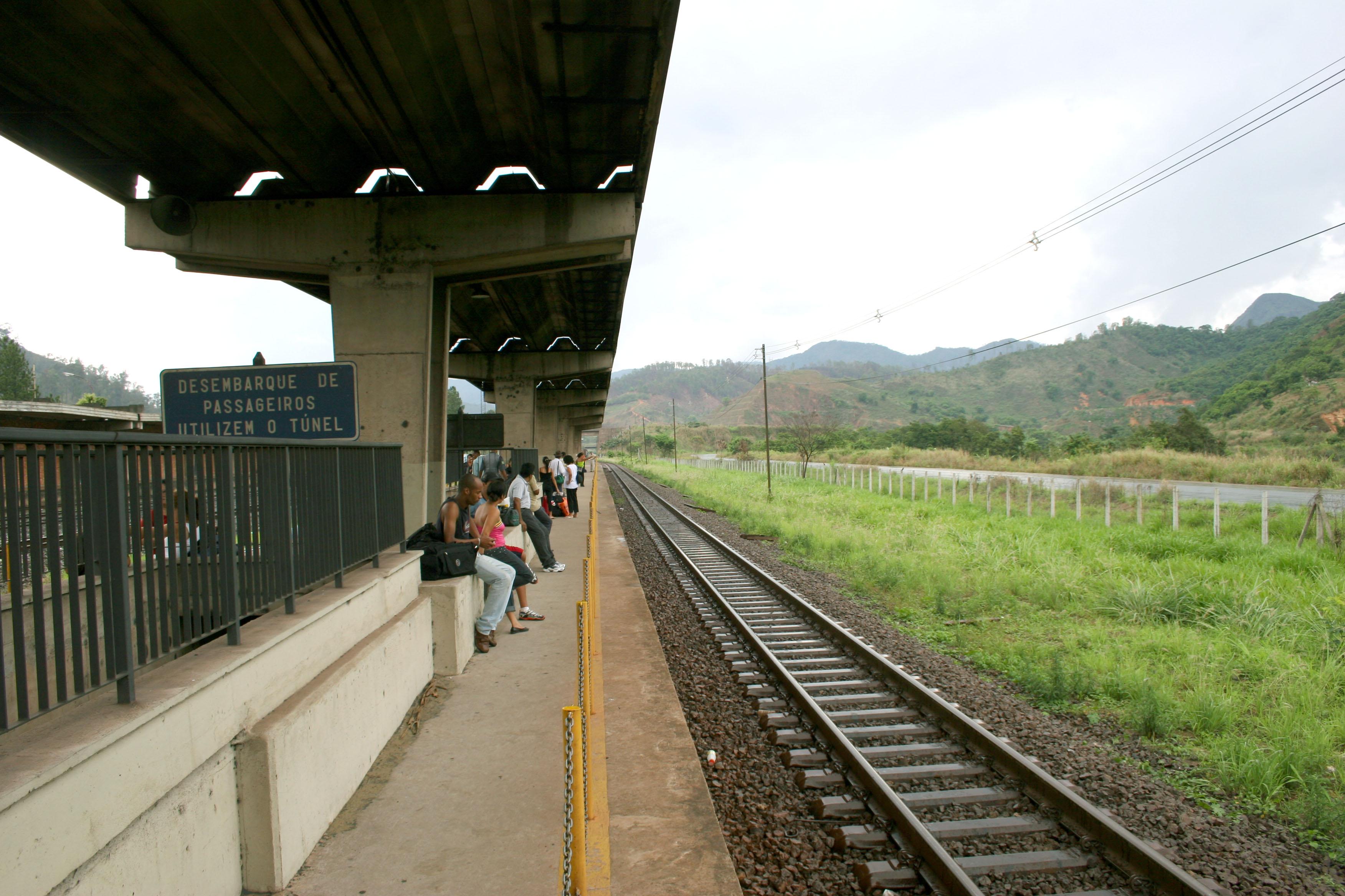 estação ferroviária Mário Carvalho em Timóteo – Coronel Fabriciano
