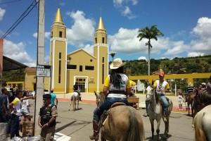 CAVALGADA em Marilac e aniversário da cidade