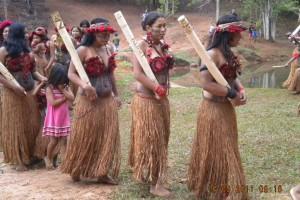 FESTA na aldeia Pataxó Imbiruçu em Carmésia
