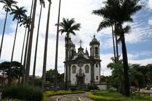 SÃO JOÃO DEL REI pelo Caminho Religioso tem a Igreja de São Francisco de Assis